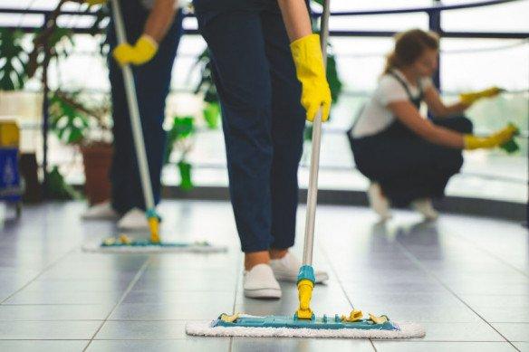 116187090_s.jpg - Hand Clean, Antwerpen